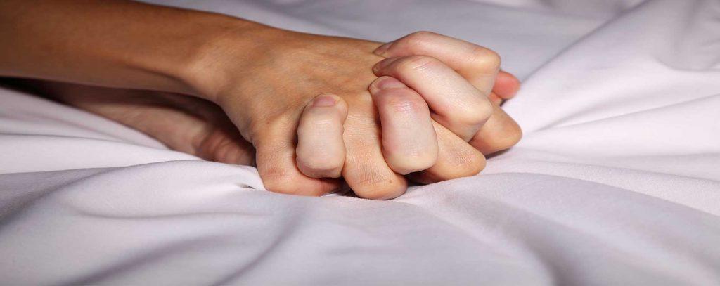 ענת זכאי - פסיכותרפיסטית ומנחת קבוצות - ארוטיקה בזוגיות